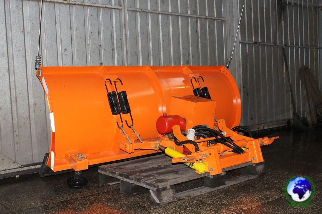 Cамосвал с дополнительным гидравлическим оборудованием MSV-6/12-M KOBALT на шасси FOTON DAIMLER