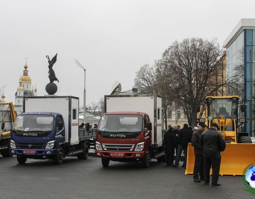 Автомобиль дорожный мастер FKB-1089/02DW KOBALT на шасси FOTON DAIMLER